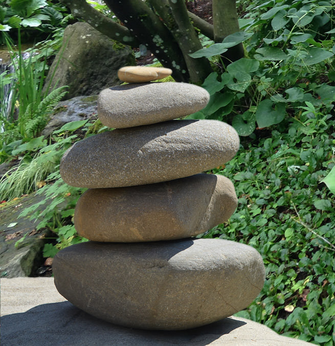 Creative, Easy and Artsy Ways to Use Rocks in the Garden