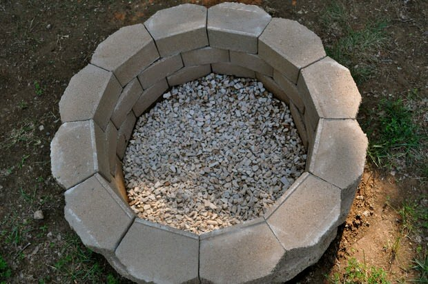 How To Build A Back Yard Diy Fire Pit It S Easy The