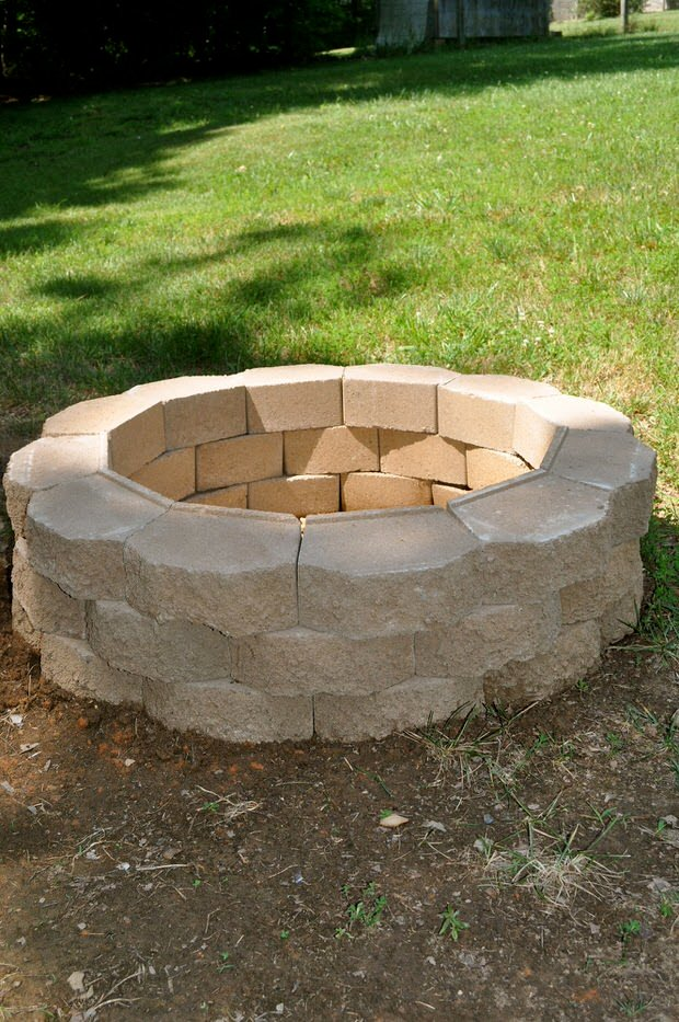 Backyard Fire Pit Plans : DIY Project How to Build a Back Yard Fire Pit  The Garden Glove