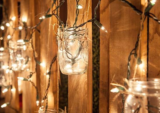 5 Gorgeous Outdoor Mason Jar Lights The Garden Glove