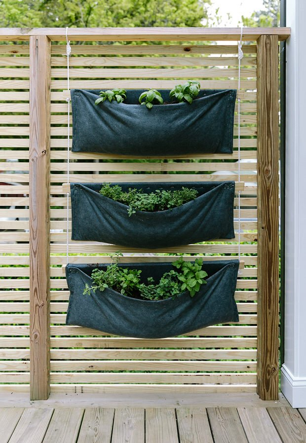 Go Vertical! Fresh DIY Vertical Garden Projects | The ...