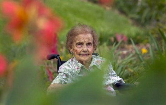 Healing gardens 105 year-old with her garden
