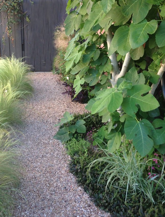 Learn How To Make A Garden Path That Is Simple And Effective. If You Need  Gravel Walkway Ideas, U0027Sunsetu0027 Magazine Has Complete Instructions And  Tutorial.