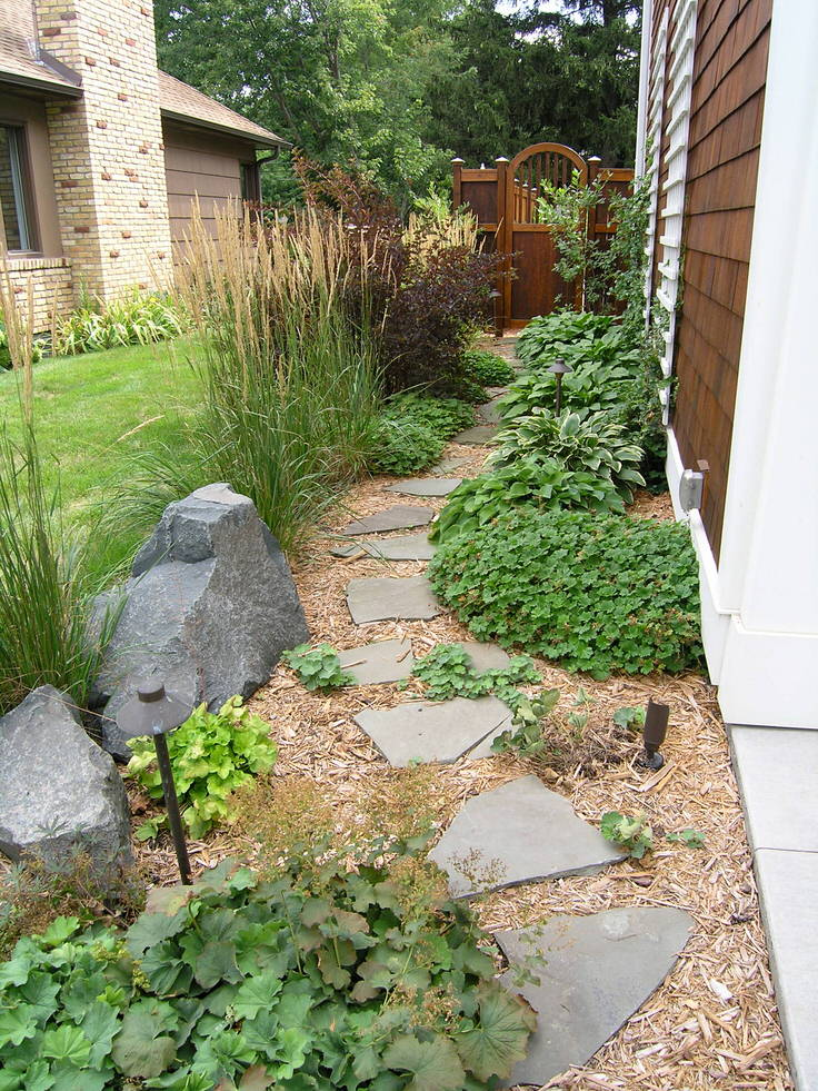 DIY Garden Paths And Backyard Walkway Ideas | The Garden Glove on Side Yard Path Ideas id=22949