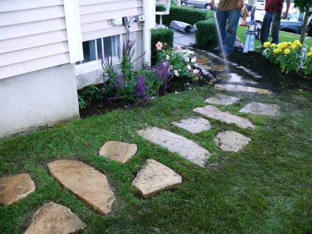 This Tutorial Takes You Step By Step Through How To Install This Flagstone  Path. Do You Have A Favorite From These Backyard Walkway Ideas Yet?
