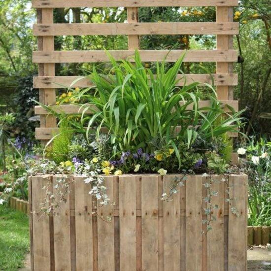 10 Easy DIY Pallet Planter Box Ideas