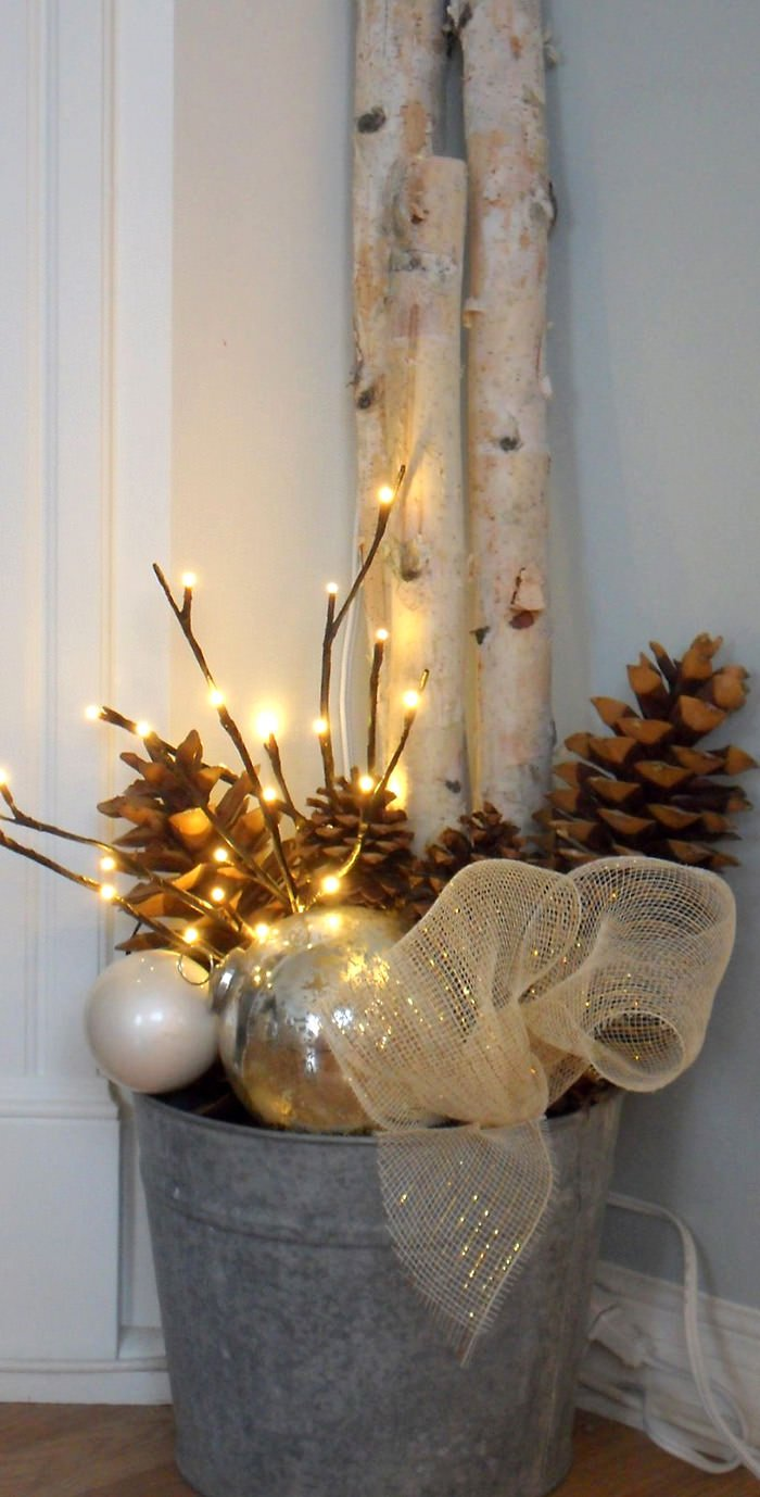 Creative Ways to Decorate your Front Porch for the Holiday