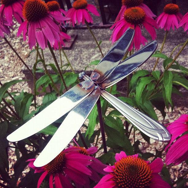 "DIY ""Junk"" Garden Art | The Garden Glove"