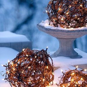 Creative Outdoor Christmas Light Ideas