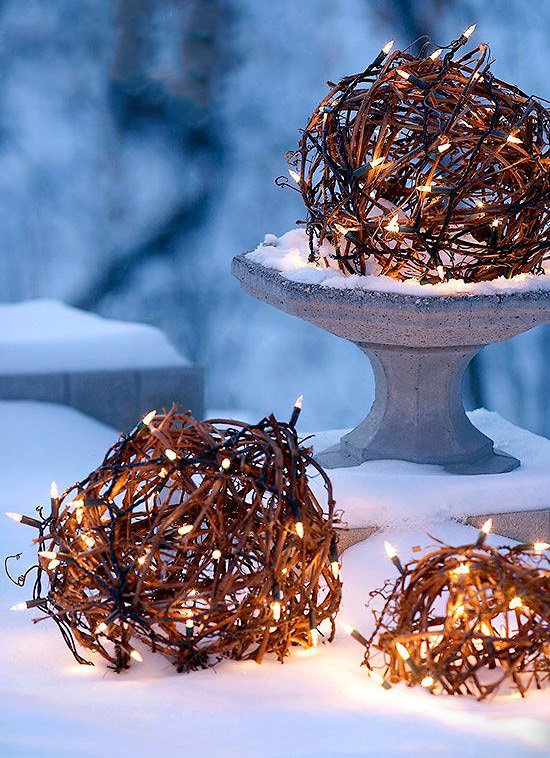 Creative Outdoor Christmas Light Ideas