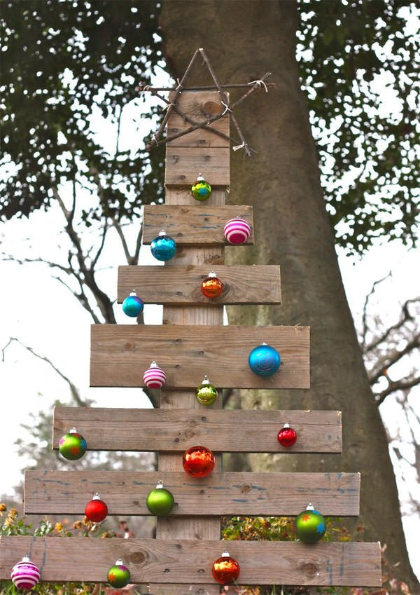 Diy outdoor christmas decorating the garden glove - Deco de noel exterieur a fabriquer ...