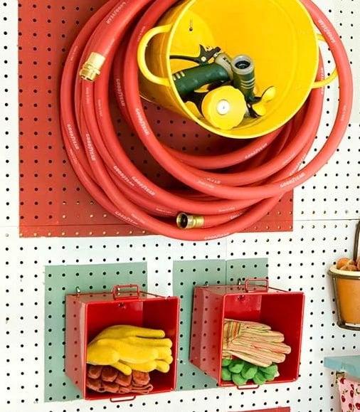 Diy Garden Hose Storage The Garden Glove