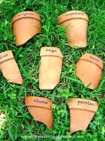 Terracotta-pot-markers_wm