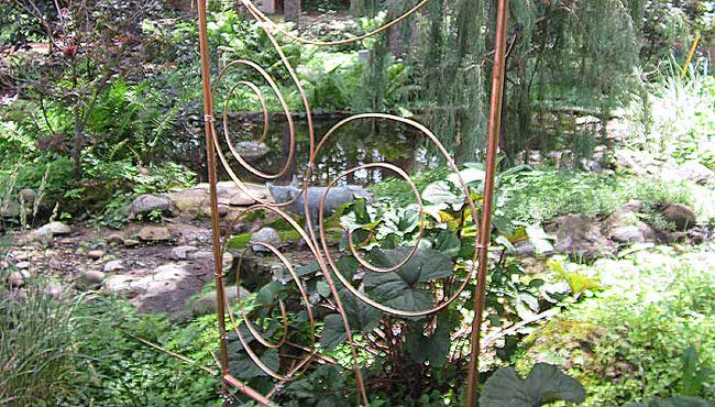 1-copper-trellis-in-garden-upper-midwest