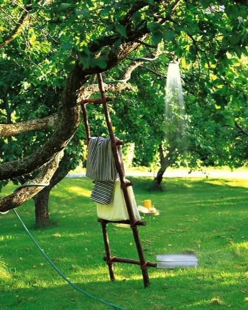 15 easy diy outdoor projects to make your backyard awesome the garden glove - Doccia da giardino fai da te ...