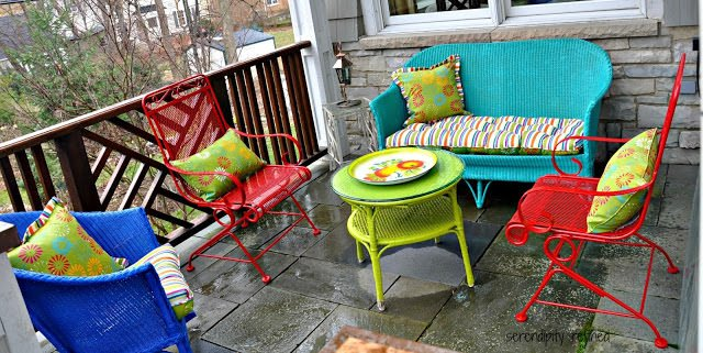 Colorful outdoor patio furniture White Wicker Iron Patio Spray Paint Makeover 3