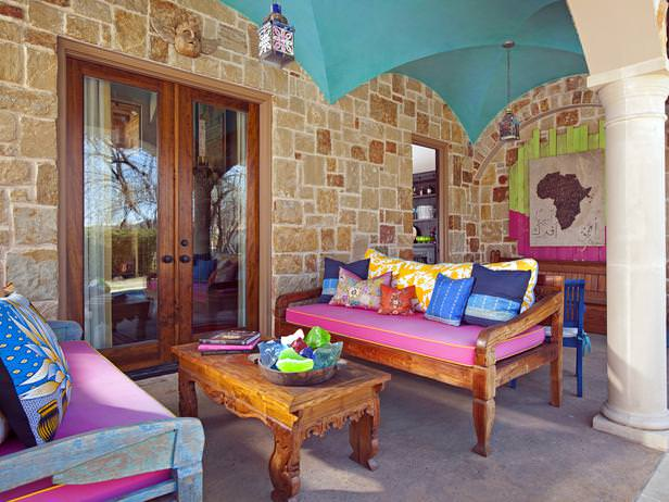 DP_Ashley-Astleford-colorful-Mediterranean-outdoor-room_s4x3_lg