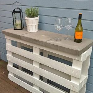 DIY Outdoor Bars- DIY Pallet bar