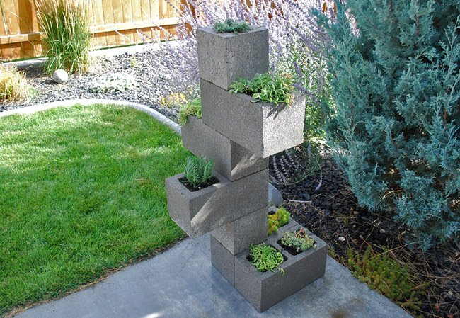 vertical-cinder-block-planter-feature