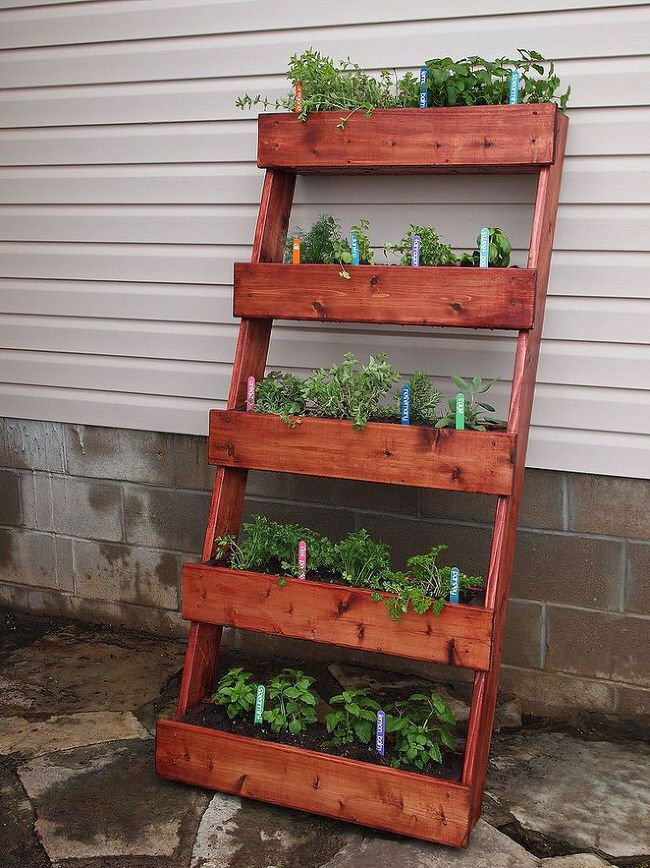 Captivating Creative Outdoor Herb Gardens. U0027