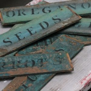 Creative Garden Sign Ideas and Projects- Signs for Seeds