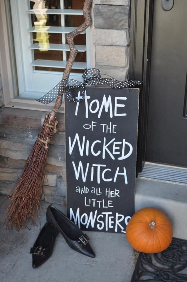 Front Porch Outdoor Halloween Decorating Ideas The