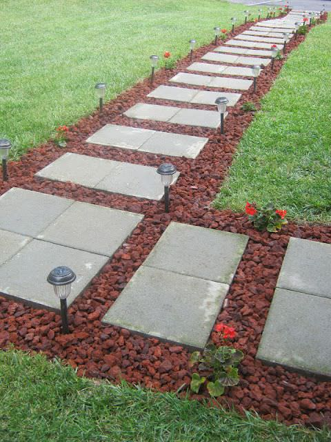 7 classic diy garden walkway ideas projects the garden for Paving designs for small garden path