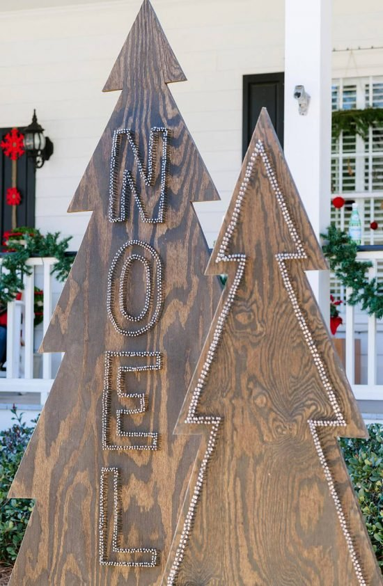DIY front yard Christmas decorating projects