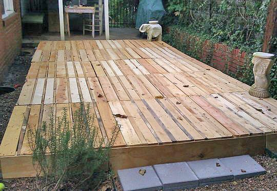 How to build a fabulous diy floating deck the garden glove for Things to consider when building a deck