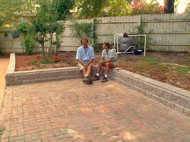 Diy Retaining Wall Backyard : DIY Garden Retaining Walls  The Garden Glove