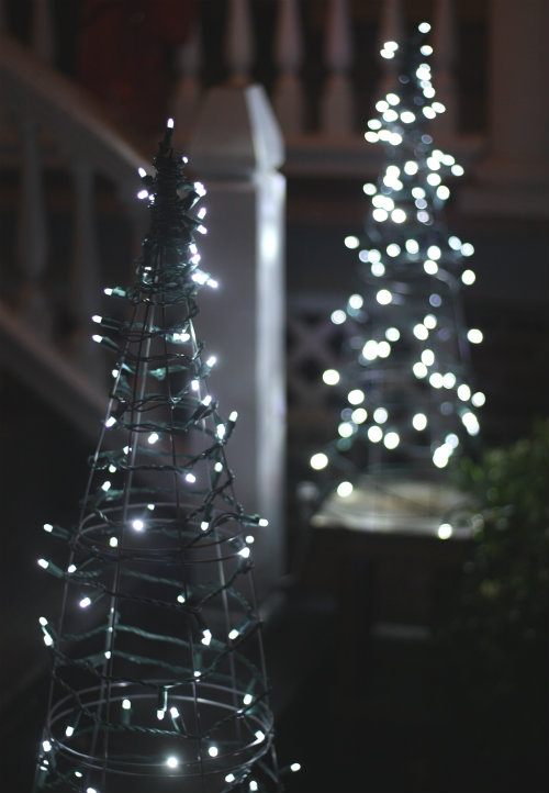 Outdoor Christmas Tree With Lights.Diy Outdoor Christmas Yard Decorations The Garden Glove