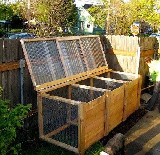 DIY Compost Bins 3