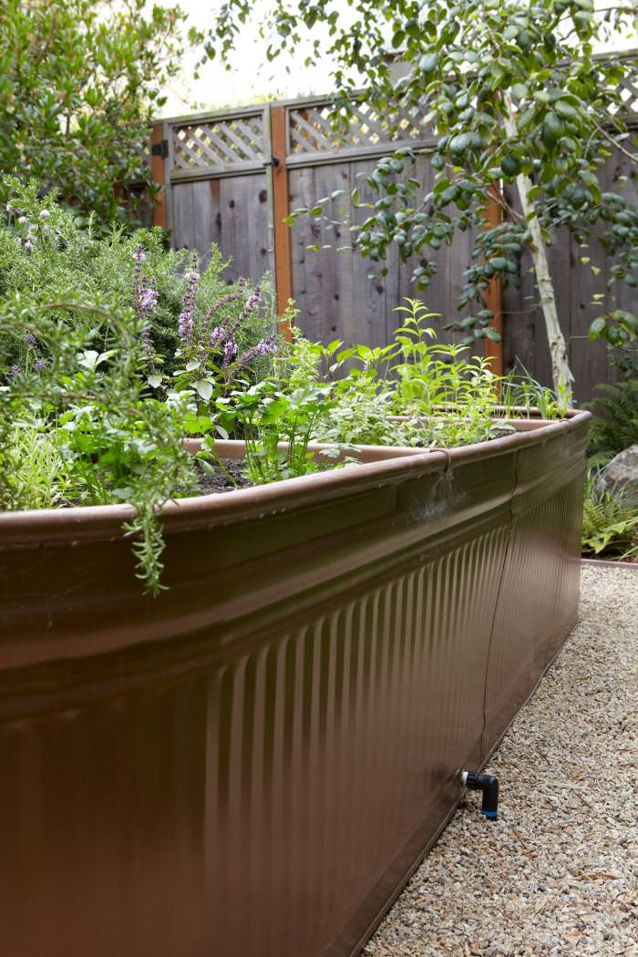 Trough DIY Raised Garden Beds