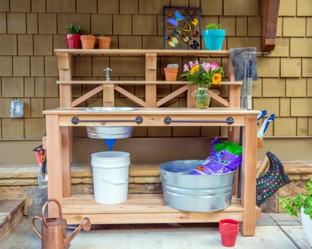 Superbe This Tutorial From U0027DIY Networku0027 Added The Convenience Of Having Water  Right There At Your Garden Bench. (No, It Isnu0027t Hard And You Donu0027t Have To  Be A ...