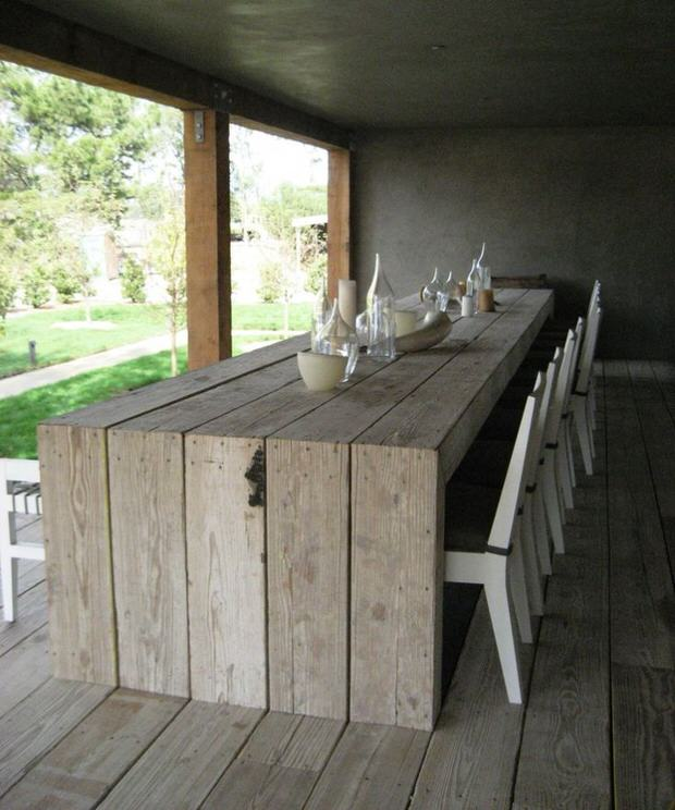 Diy outdoor dining table projects the garden glove for Diy garden table designs