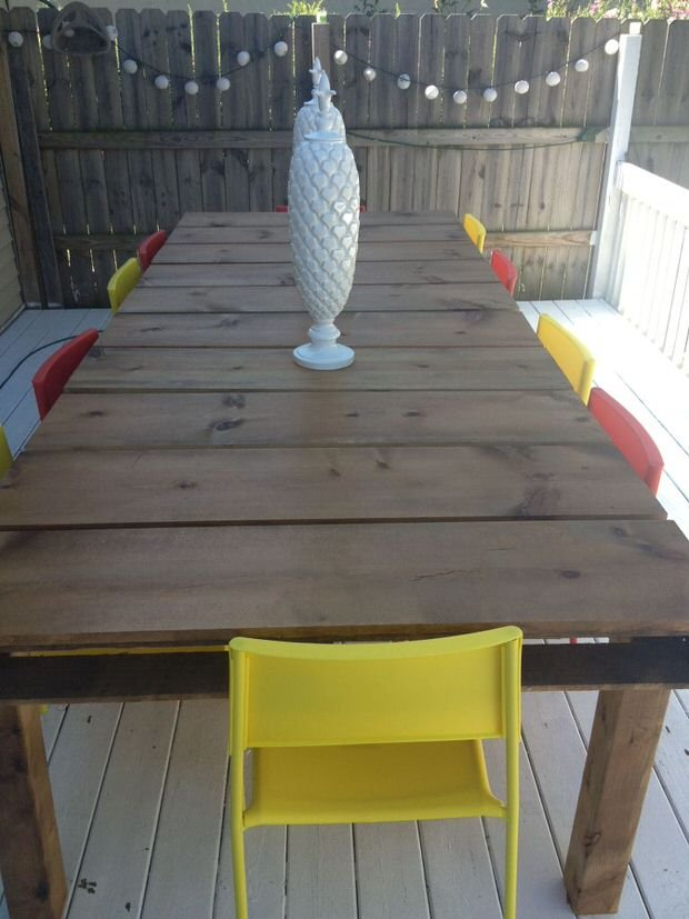 DIY Outdoor Dining Tables 7