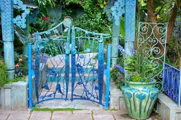 Garden fence spruce ups-1
