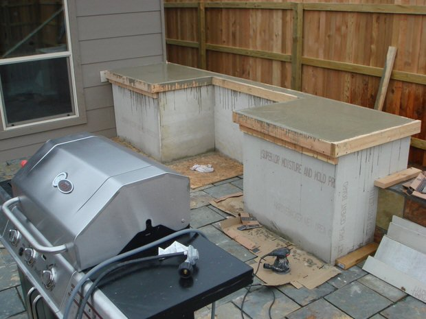DIY Outdoor Kitchens 5