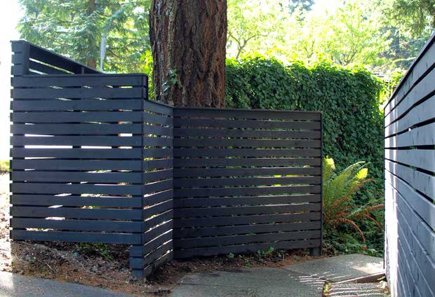 Backyard fancy fence ideas-2