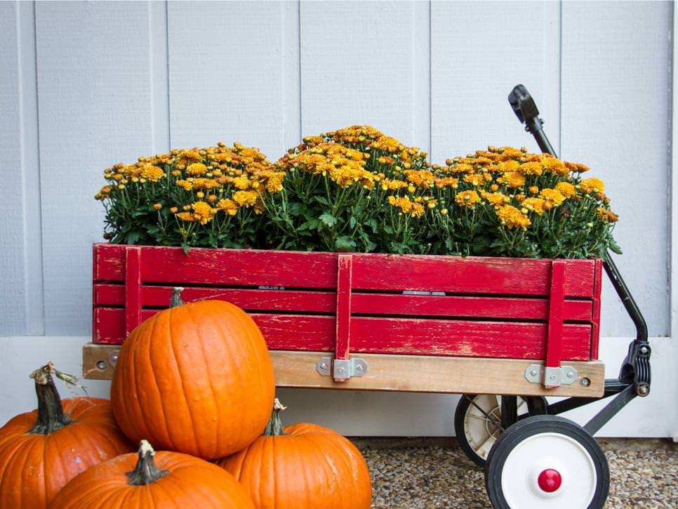 Fall Porch Decor & Outdoor Decorating Ideas | The Garden Glove