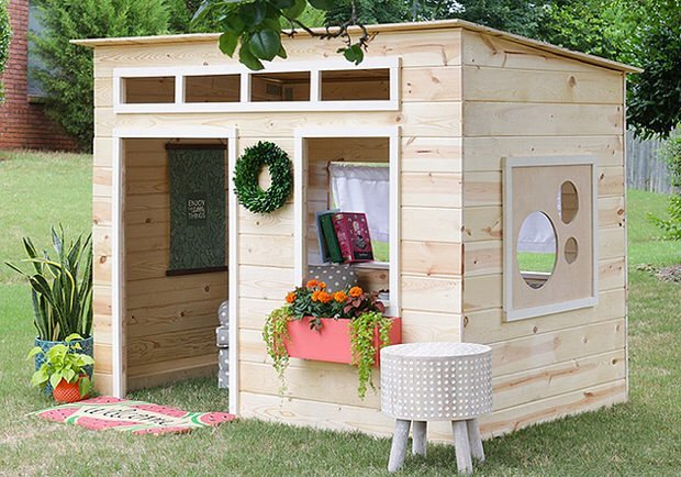 Enjoyable How To Build A Backyard Playhouse The Garden Glove Interior Design Ideas Clesiryabchikinfo
