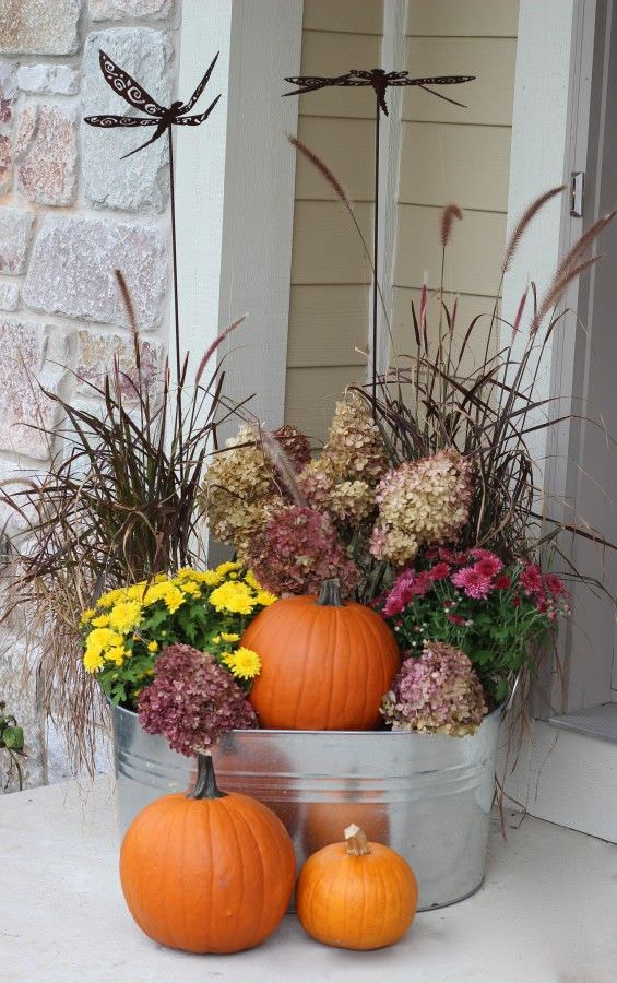 Decorating Outdoor Planters For Fall  from www.thegardenglove.com