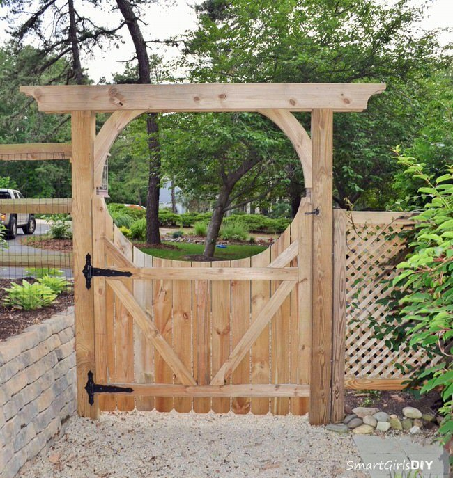 Arbor Over Gate Ideas: Gorgeous DIY Garden Gate Ideas & Projects
