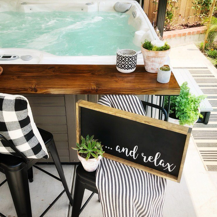 Outdoor Wedding Bar Ideas: Relax... Have A Cocktail, With These DIY Outdoor Bar Ideas