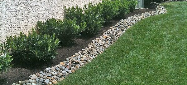 Edge Stone For Garden: Garden Edging: Landscape Edging Ideas With Recycled