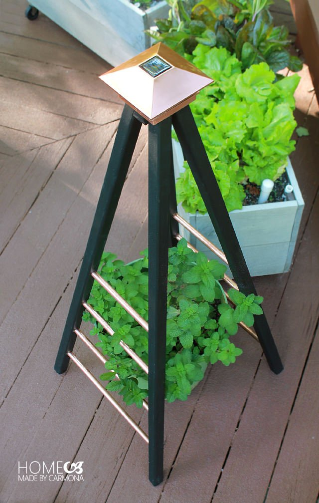 Build A Chic And Easy Diy Garden Trellis The Garden Glove
