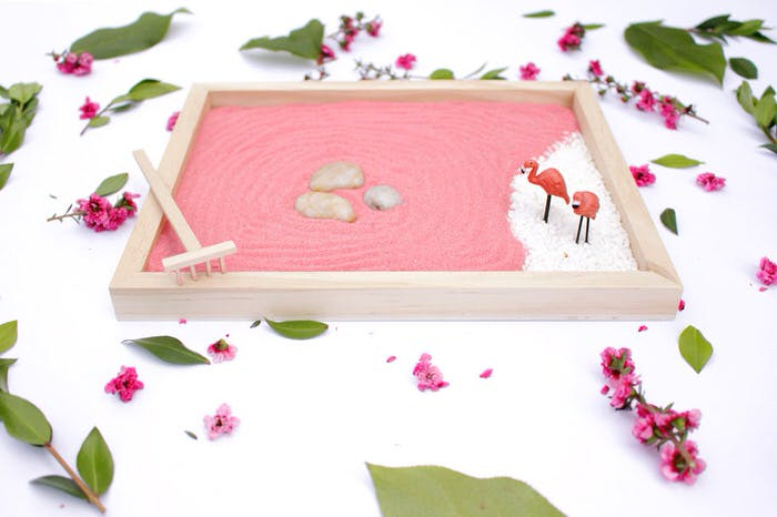 Ellen At U0027Confessions Of An Overworked Momu0027 Created The Perfect Zen Garden  Tutorial Because She Encourages You To Make It Your Own.