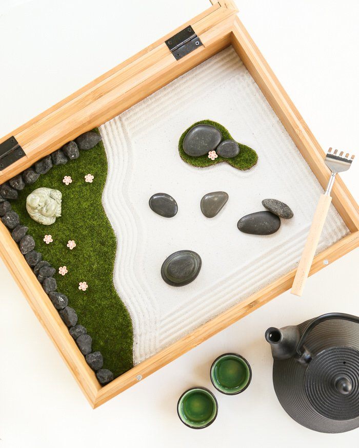 Make Your Own - DIY Mini Zen Gardens | The Garden G Zen Mini Sand Gardens Designs on mini rock garden, diy zen garden sand, mini zen sand table, japanese rock garden sand,
