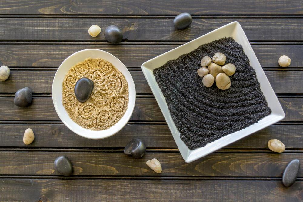 This Tabletop Zen Garden Step By Step Is From U0027DIY Networku0027. DIY Mini Zen  Gardens Donu0027t Get Any Easier Than This With Only Three Supplies!