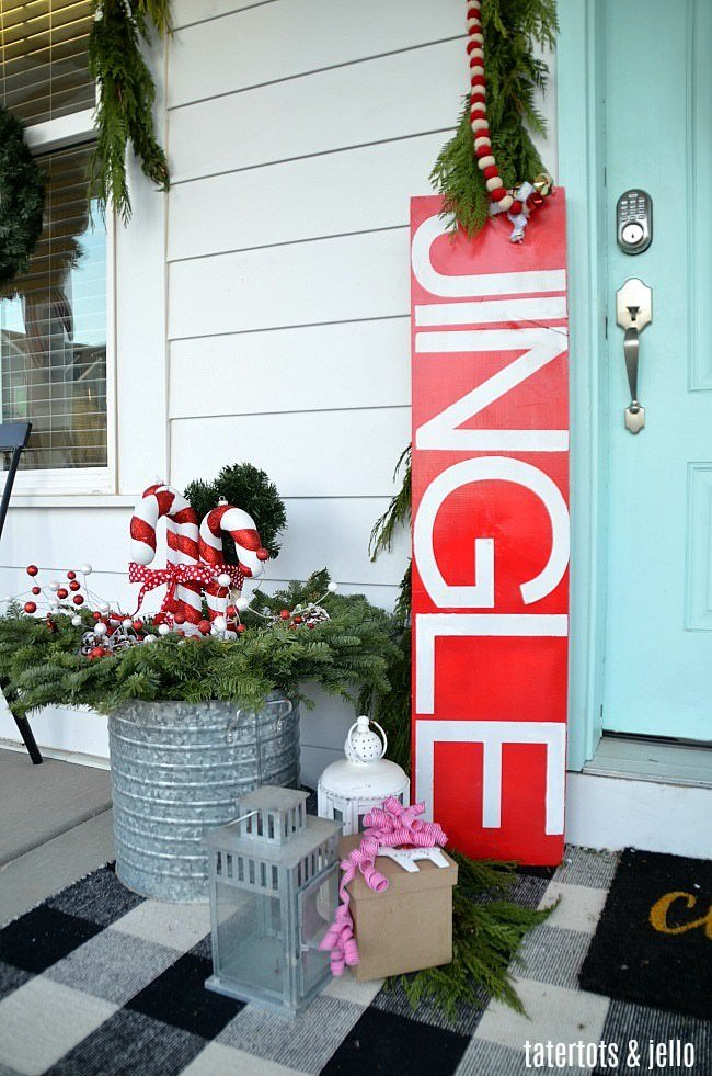 jump on over to creek line house and learn how to make giant red stars to be the focal point of your christmas front porch decorating